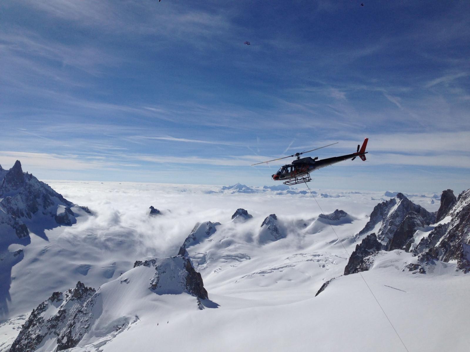 Tour in elicottero di gruppo di 30 minuti sull'Adamello