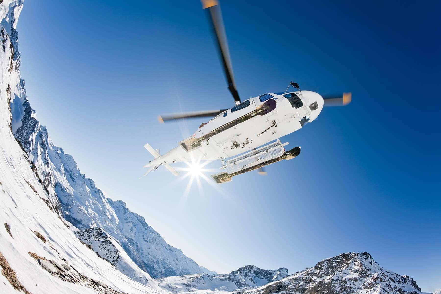 Tour in elicottero esclusivo di 30 minuti sull'Adamello