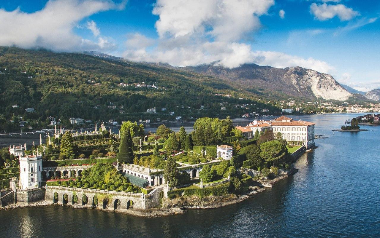 Tour in elicottero privato di 15 minuti sul Lago Maggiore