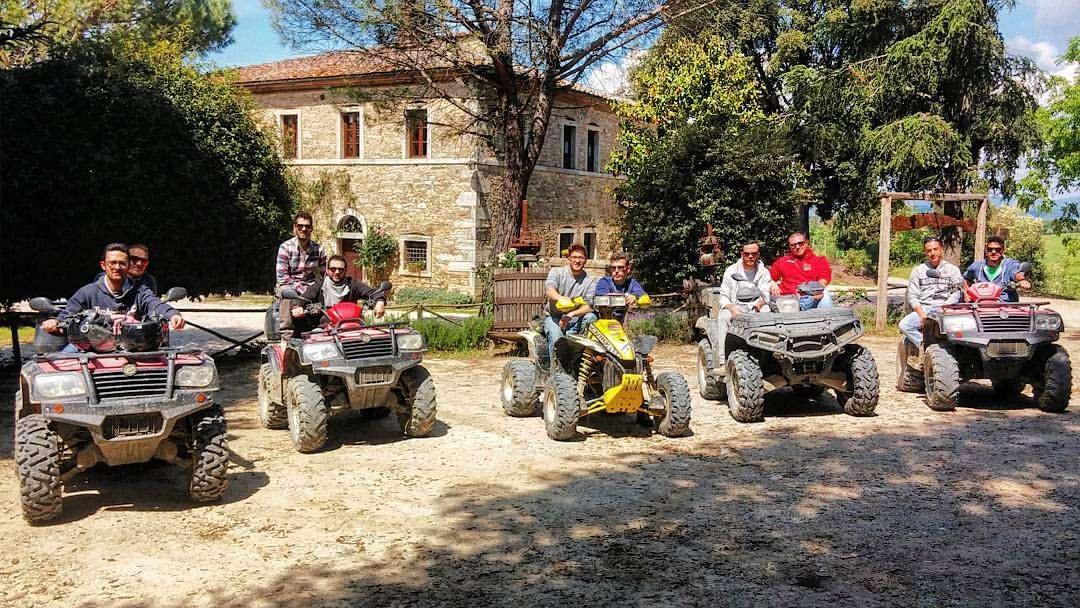 Tour di 2 ore in quad tra le Crete Senesi e il Chianti