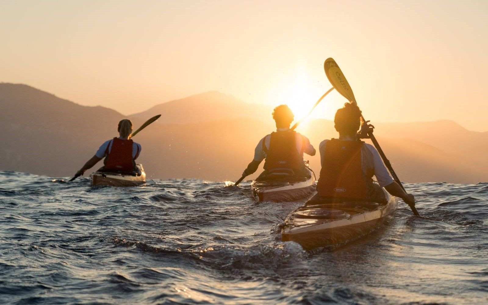 Tour in kayak alle Cinque Terre con aperitivo