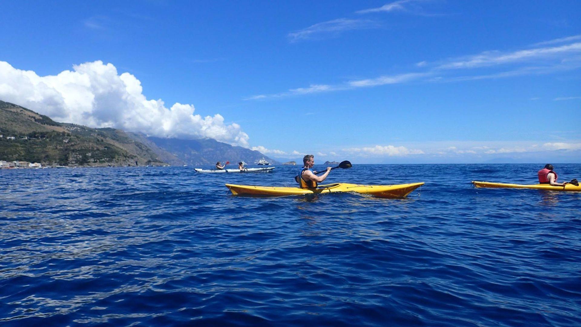 Tour in kayak al Fiordo di Crapolla
