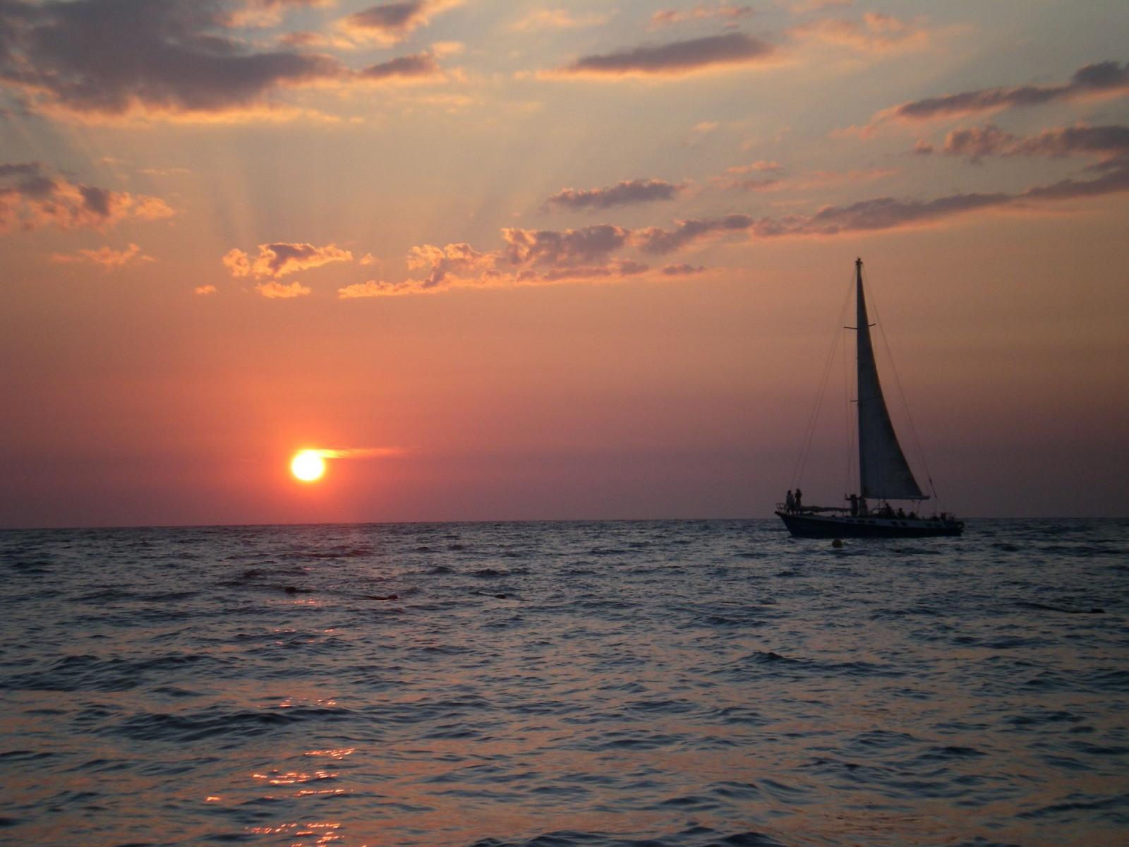Tour privato in barca a vela a Marettimo