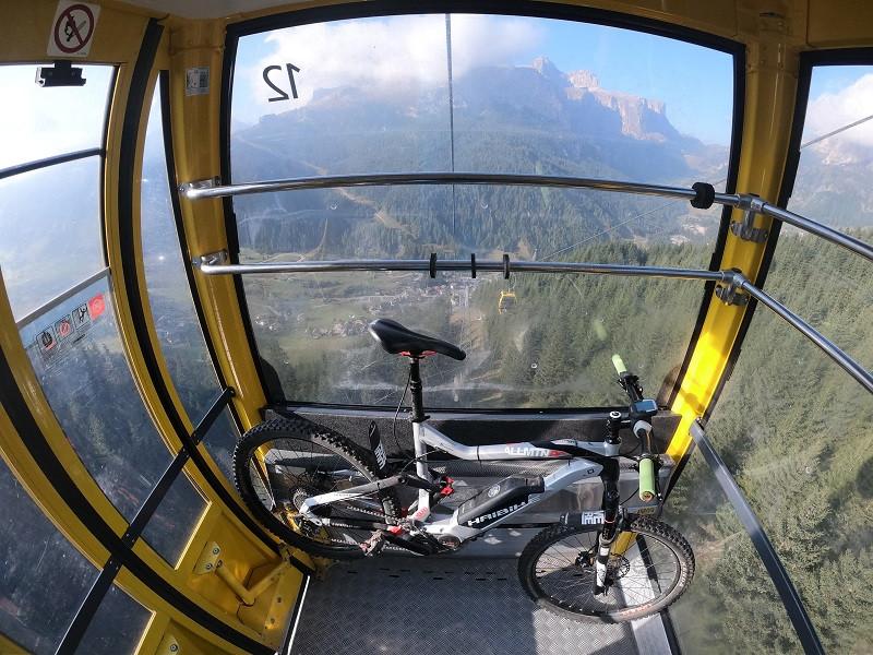 Tour privato in Mountain Bike sul Sellaronda (BZ)