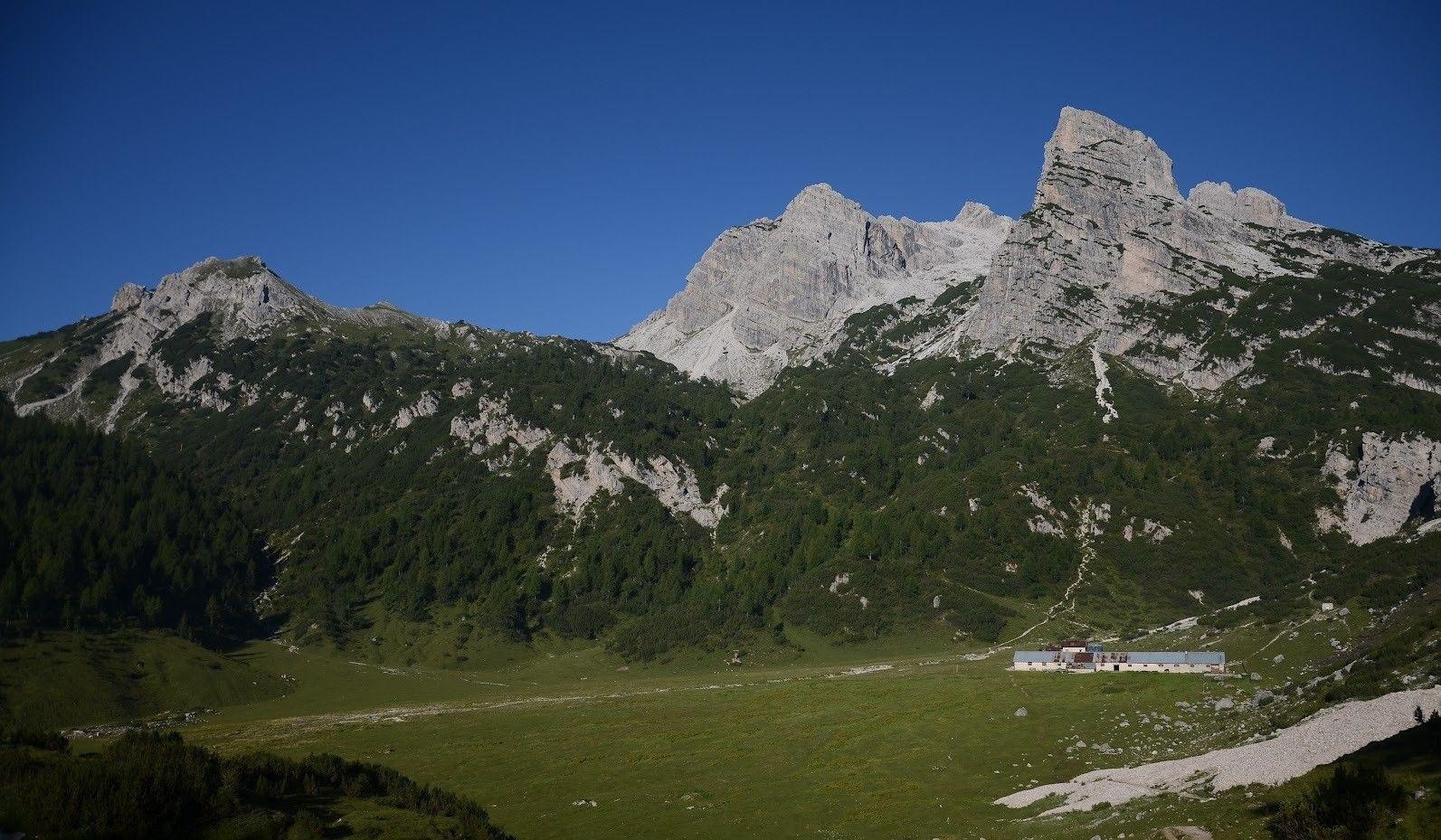 Trekking tour Malga Spora e Passo Lasteri