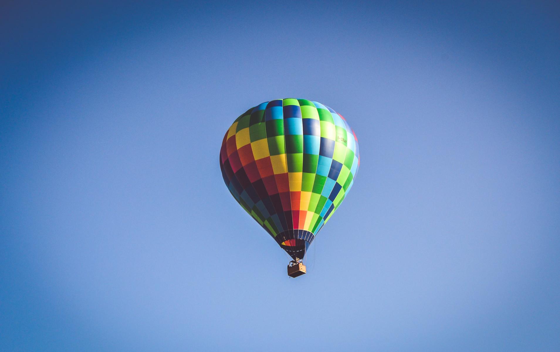 Volo di gruppo in mongolfiera sulla Piana di Sibari