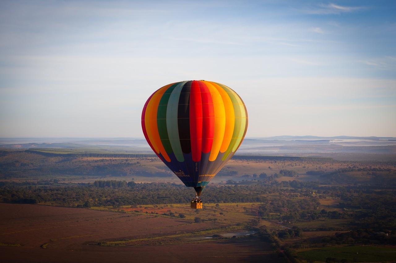 Volo di gruppo in mongolfiera sull'altopiano della Sila