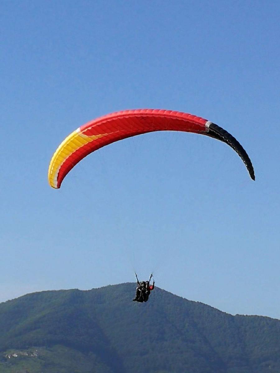 Volo in parapendio biposto a Capaccio (SA)