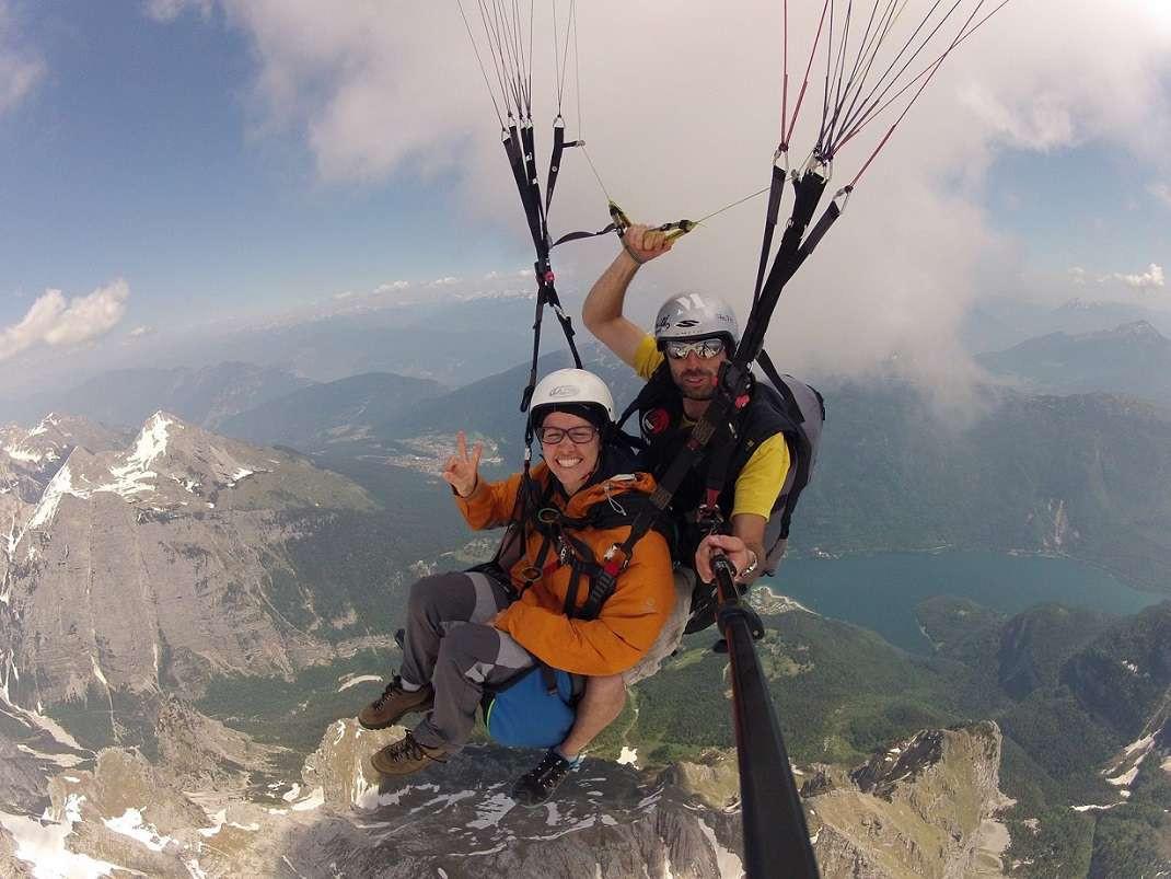 Volo in parapendio biposto sulle Dolomiti di Brenta
