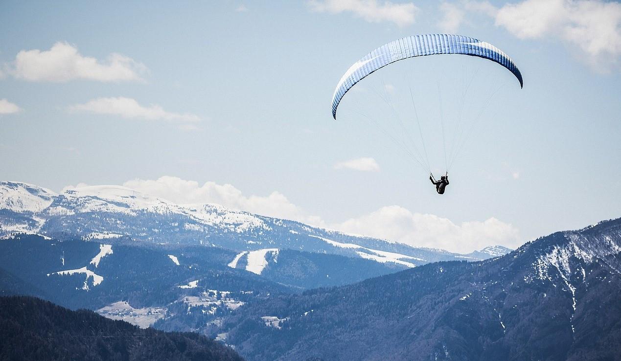 Volo in parapendio biposto sul Monte Avena