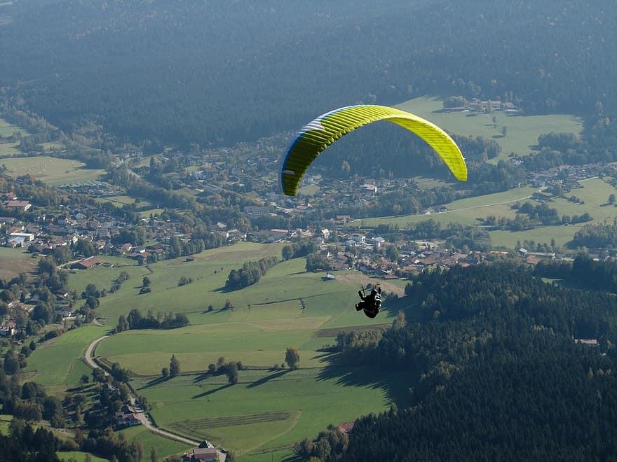 Volo in parapendio biposto sul Monte Gemmo