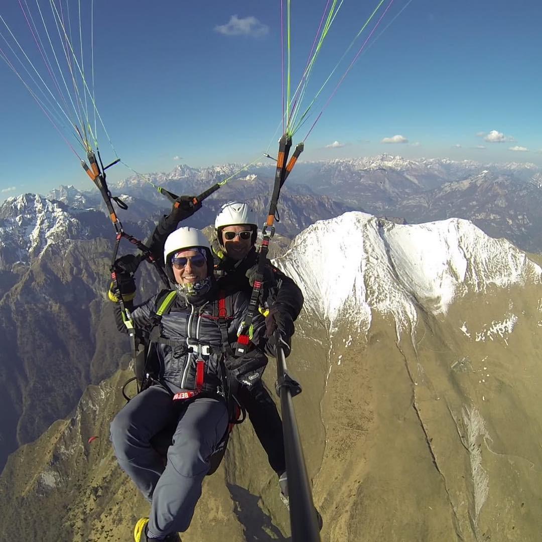 Volo in parapendio biposto sul Monte Serva