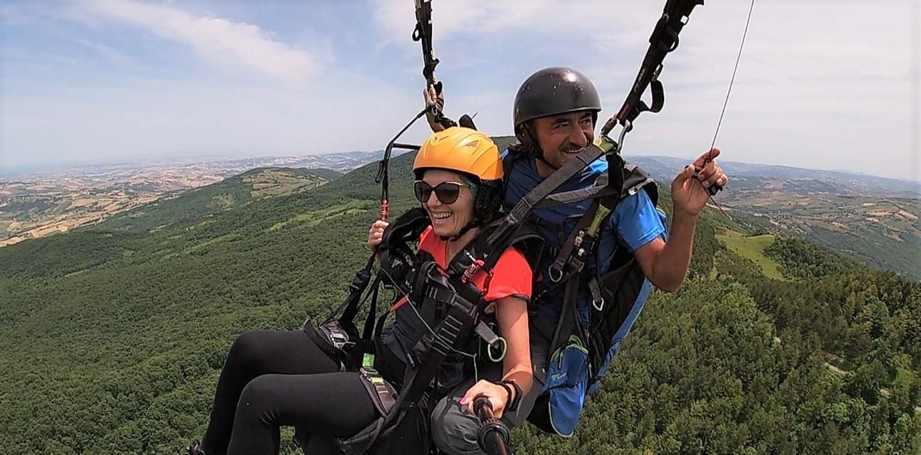 Volo in parapendio biposto in provincia di Chieti