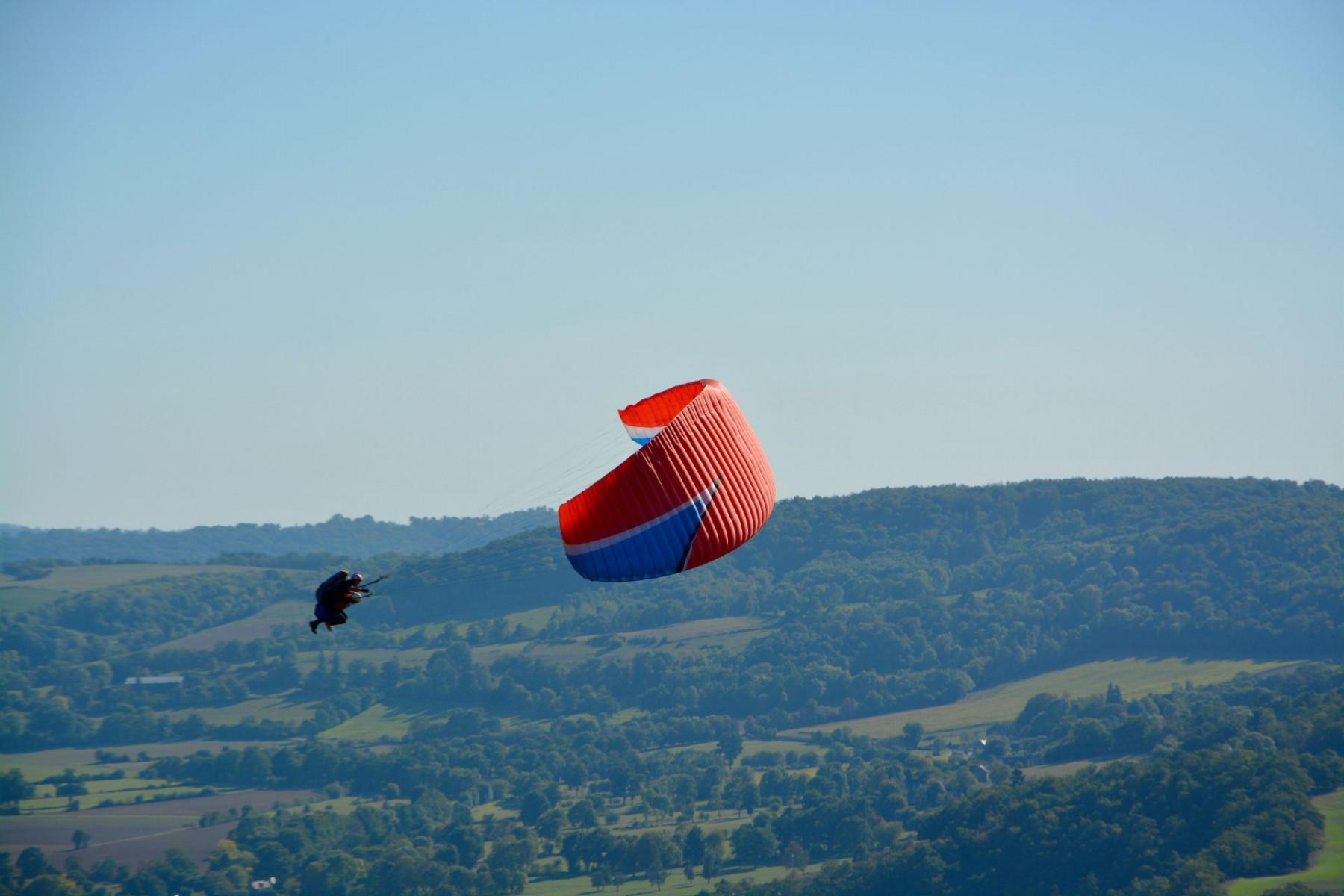 Volo in parapendio biposto in provincia di Torino