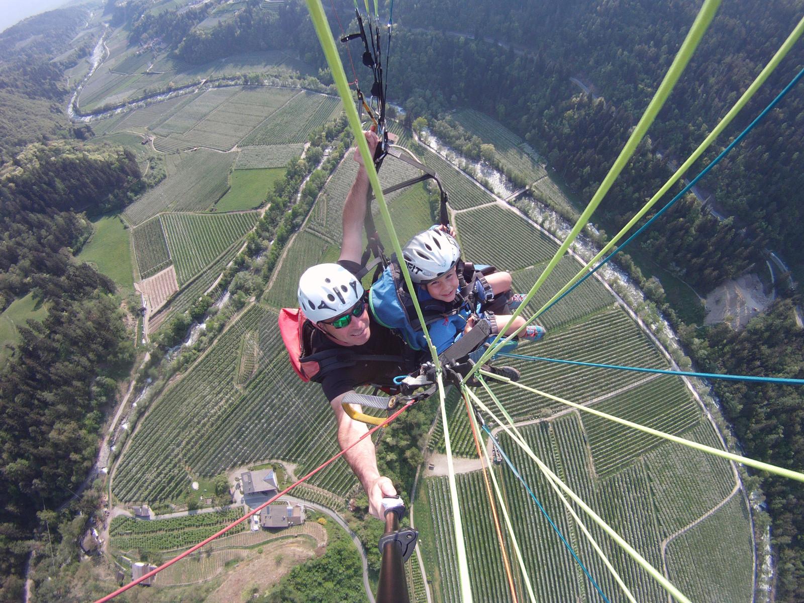 Volo in parapendio biposto in Val Passiria in Alto Adige