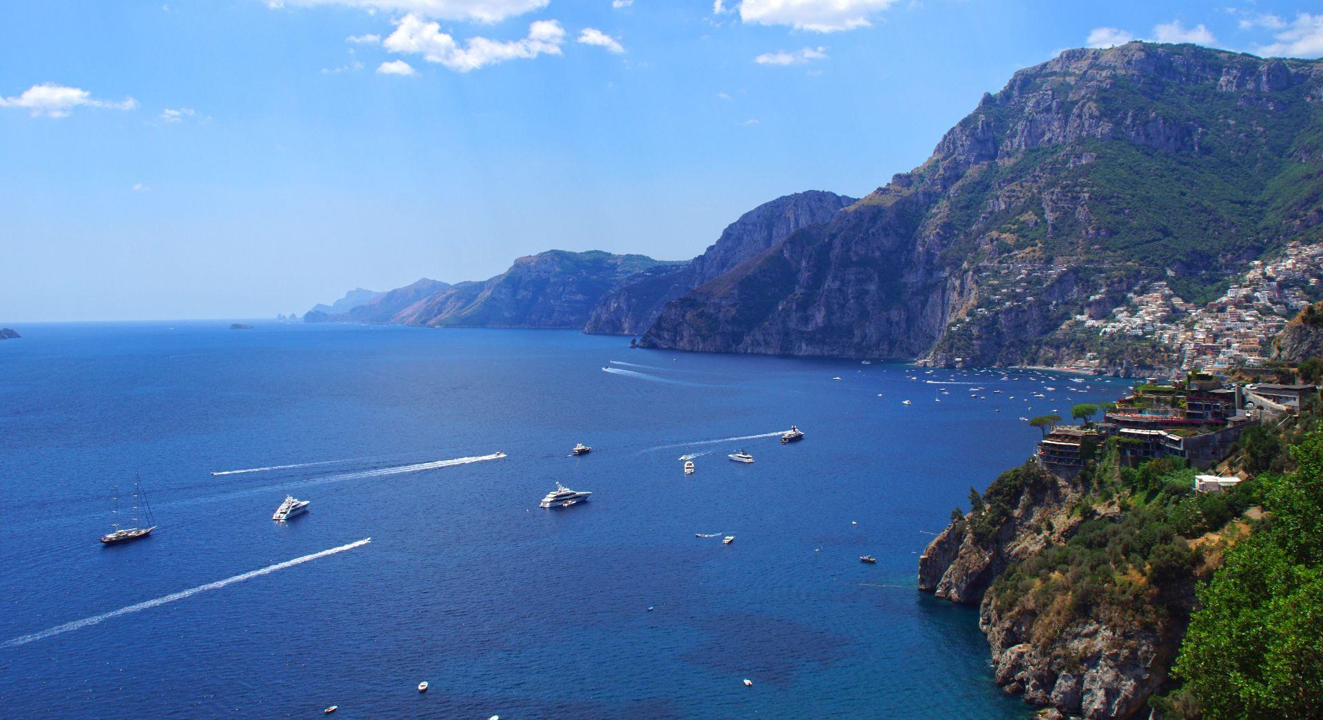 Volo privato in elicottero in Costiera Amalfitana