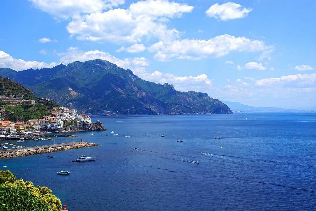 Volo privato in elicottero in Costiera Amalfitana, Sorrentina e Golfo di Napoli