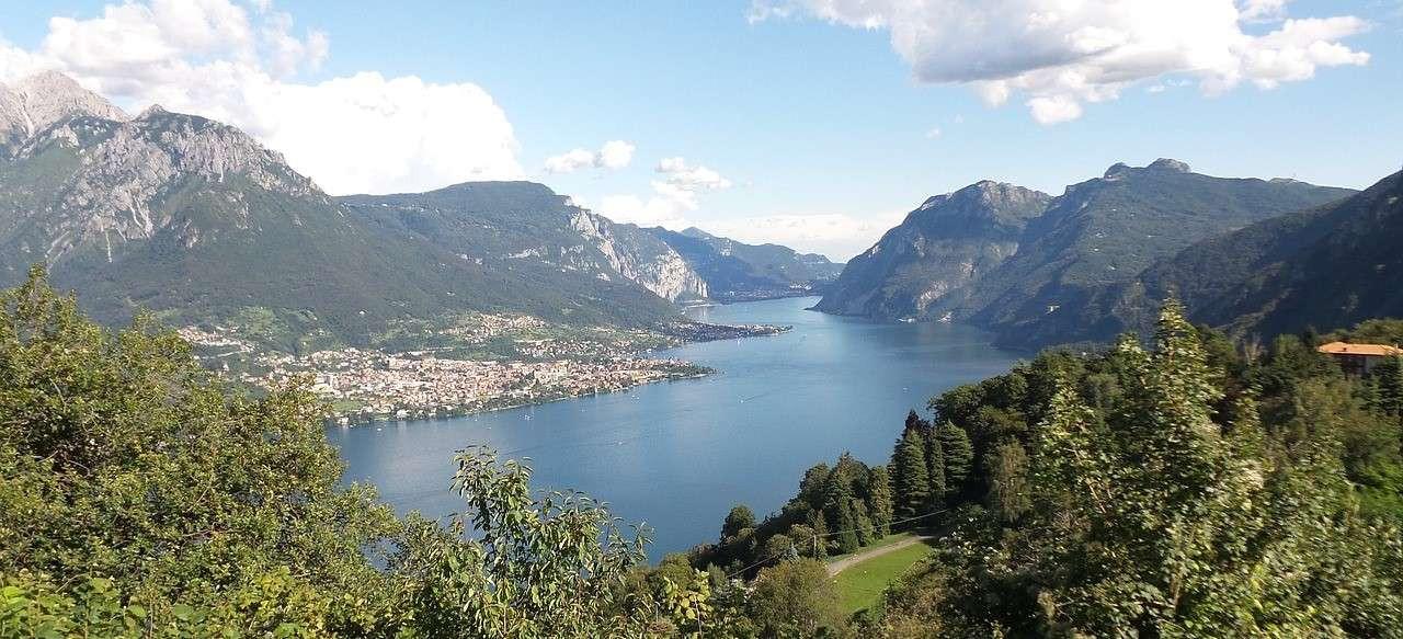 Volo privato in elicottero sul Lago di Como