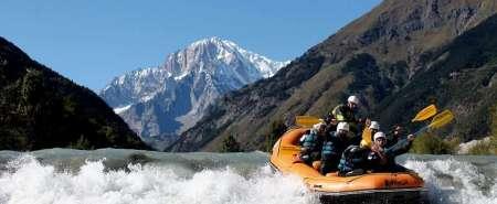 Battesimo del Rafting Top ai piedi del Monte Bianco